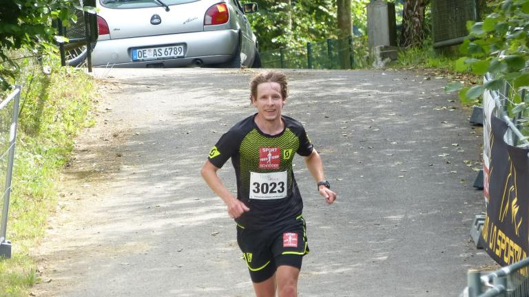 Halbmarathon Herren 1. Platz - Tim Dally - Sport Schneider Trail Team